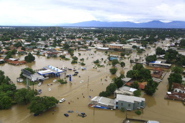 Huracán Eta en Honduras, La Lima