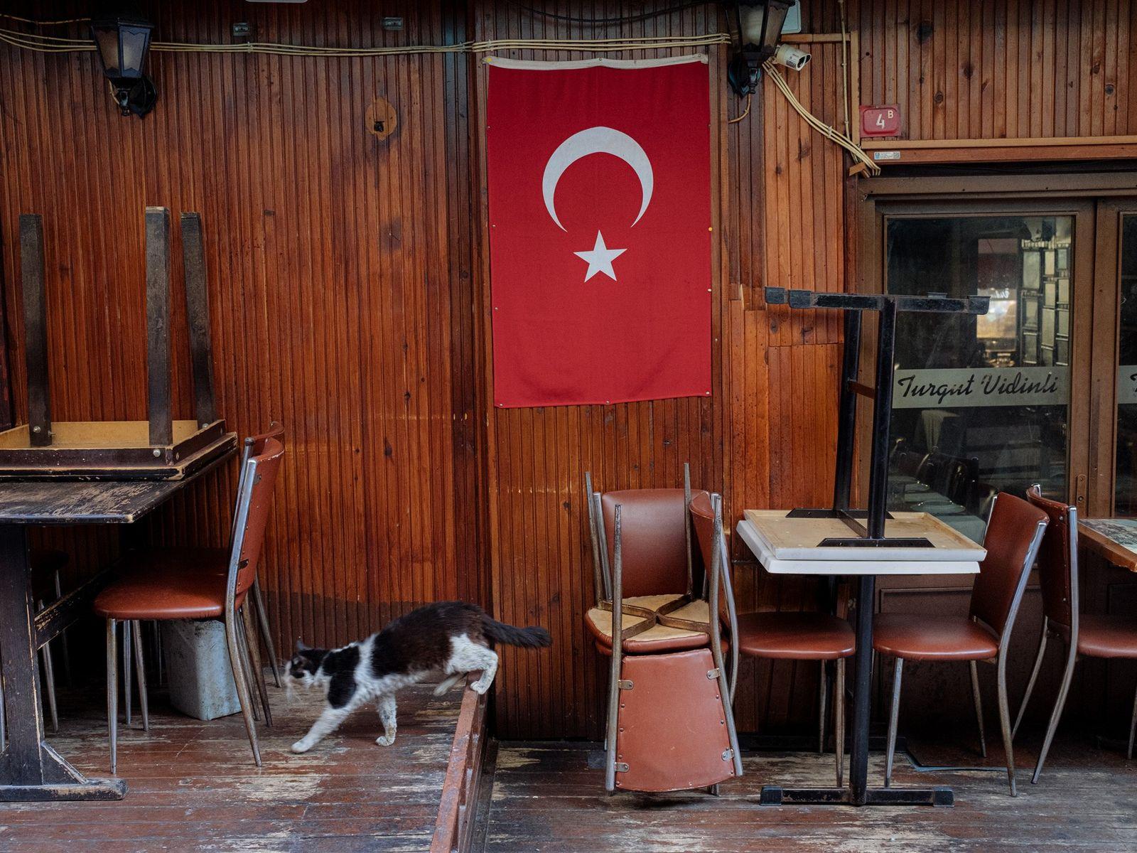 Restaurante cerrado de Estambul