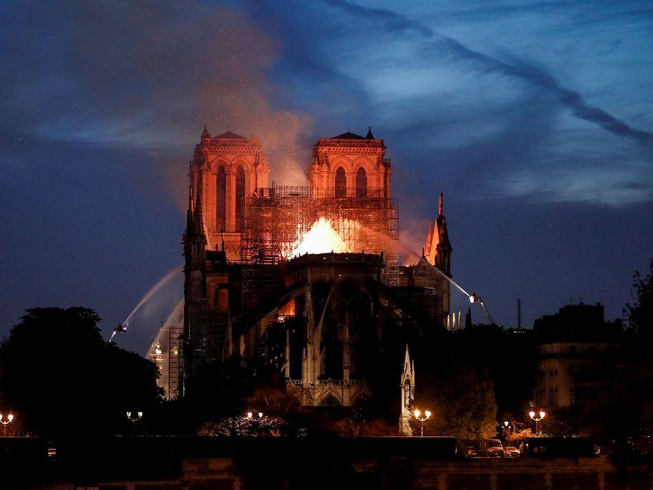 Muchos monumentos históricos corren el mismo peligro que Notre Dame