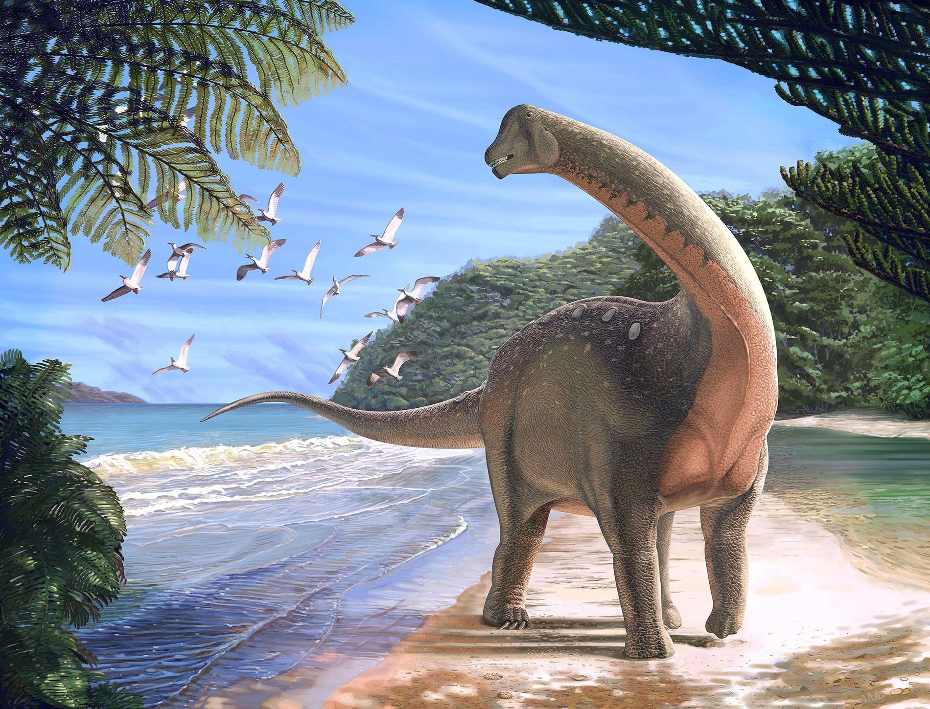 El nuevo dinosaurio titanosaurio Mansourasaurus shahinae en una orilla del actual desierto occidental del Nilo hace casi 80 millones de años.