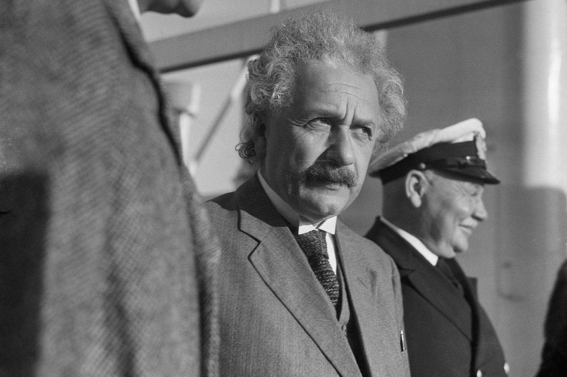 Albert Einstein FBI