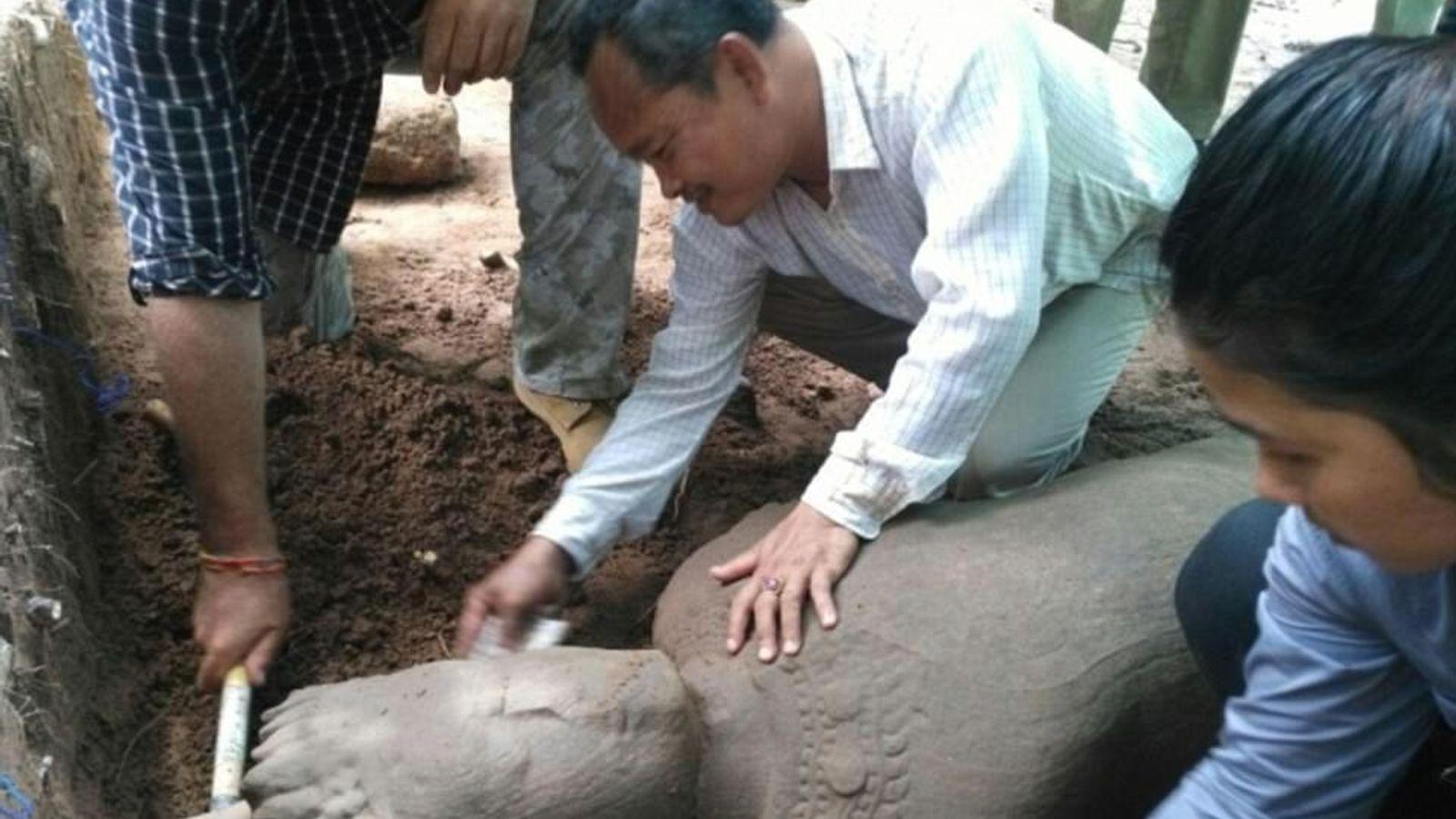 Estatua en Angkor Wat