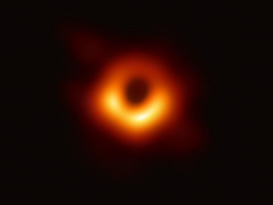 La importancia científica de la primera foto del agujero negro