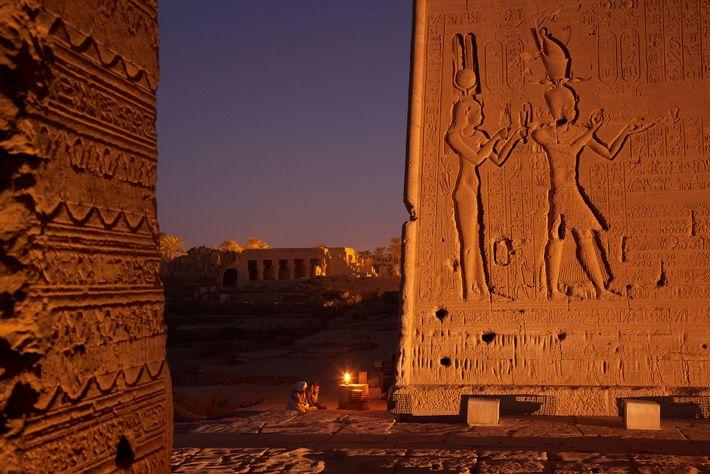 Un bajorrelieve en el templo de Hator