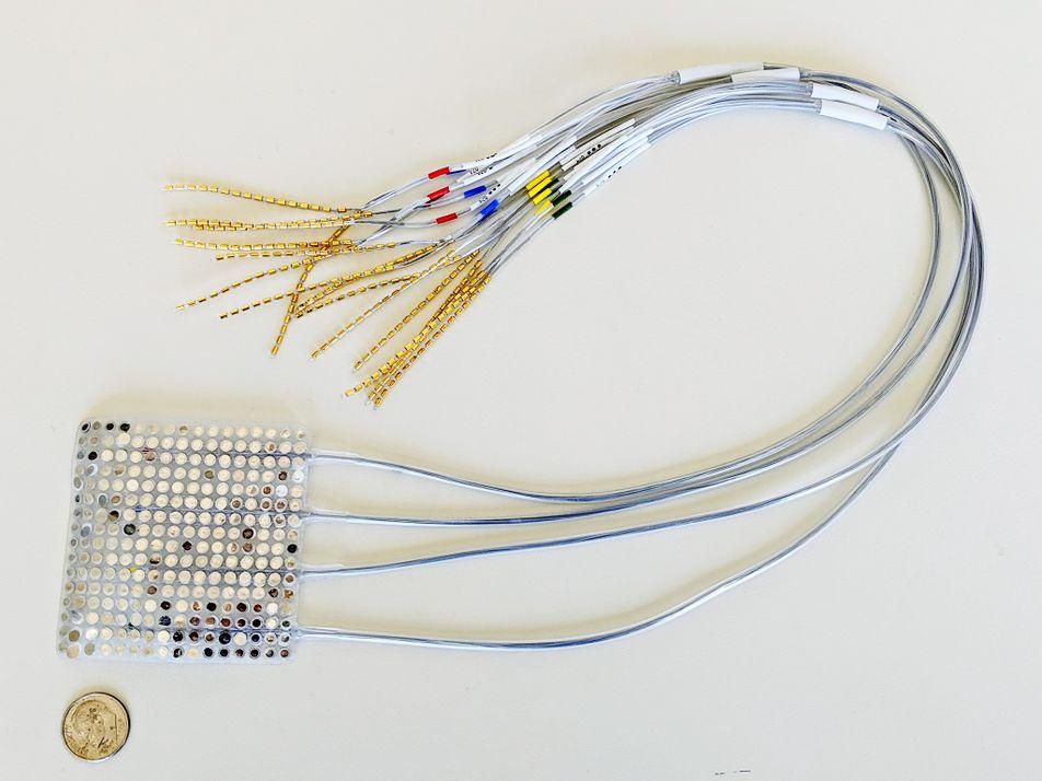 Este dispositivo convierte la actividad cerebral en habla sintetizada