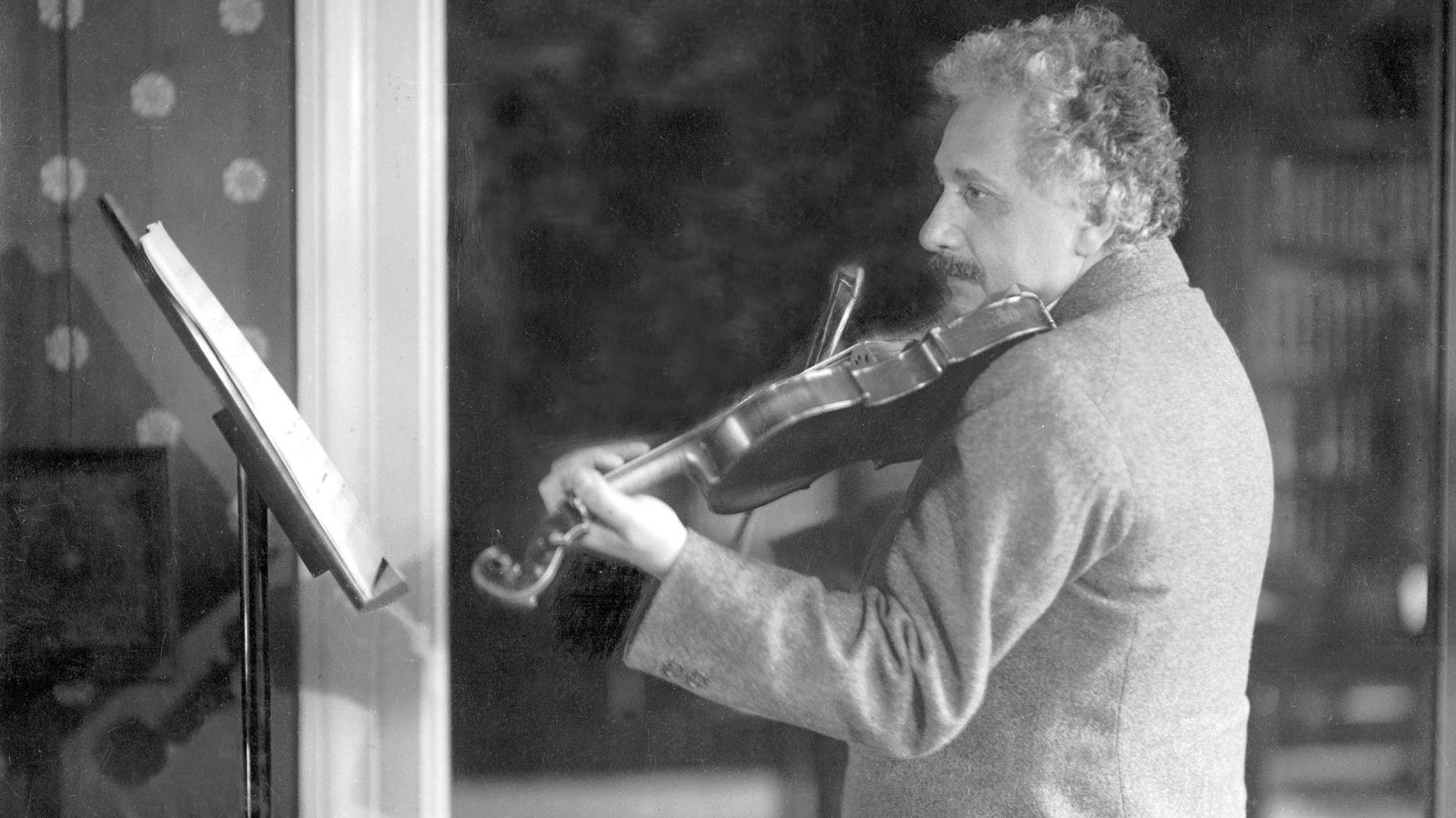 Einstein tocando el violín