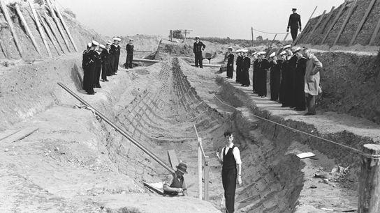 Fotografía de la excavación de Sutton Hoo