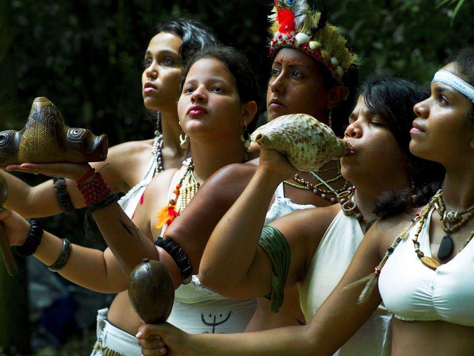 El pueblo indígena con el que se encontró Colón aún tiene descendientes vivos
