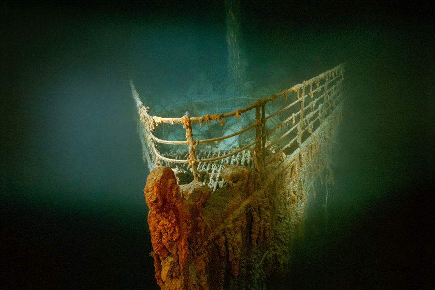 La proa oxidada del Titanic descansa en el fondo del Atlántico norte.