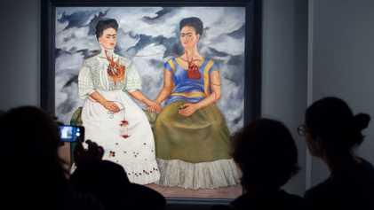Esta directora de museo intenta que el mundo del arte sea más equitativo para las mujeres
