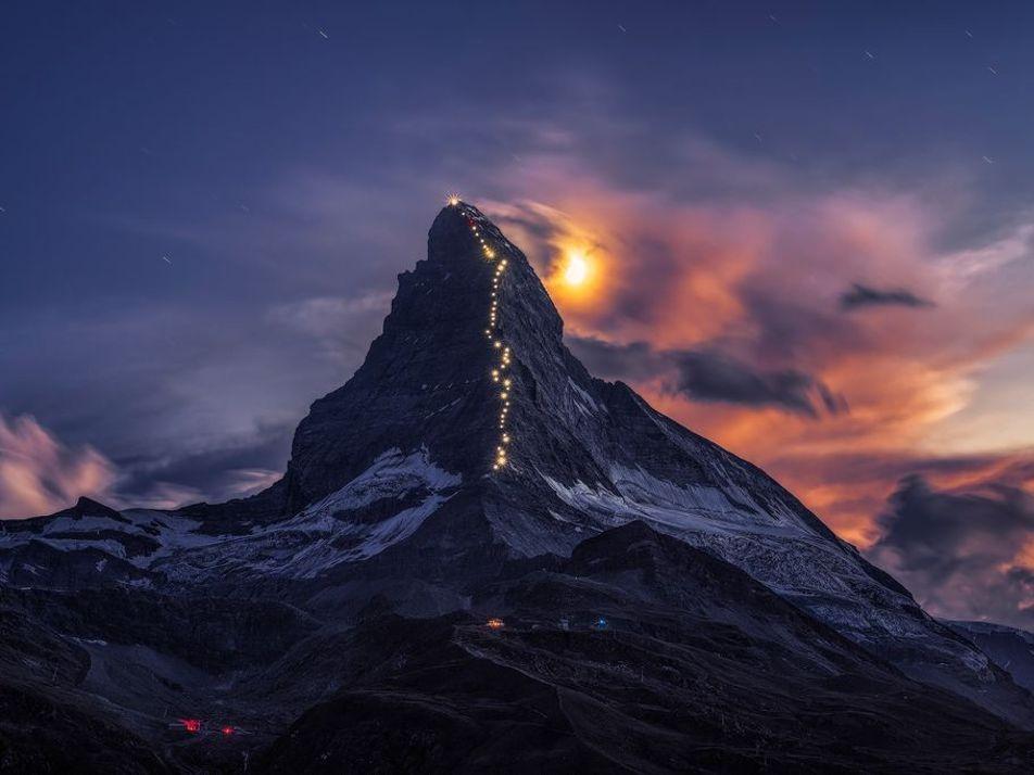 Alcanzando la cima: 30 fotografías de majestuosas aventuras en la montaña