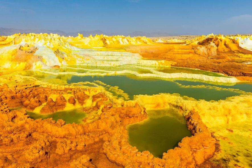 La depresión de Danakil, en Etiopía, es la definición de inhóspito. Este paisaje volcánico deprimido está ...