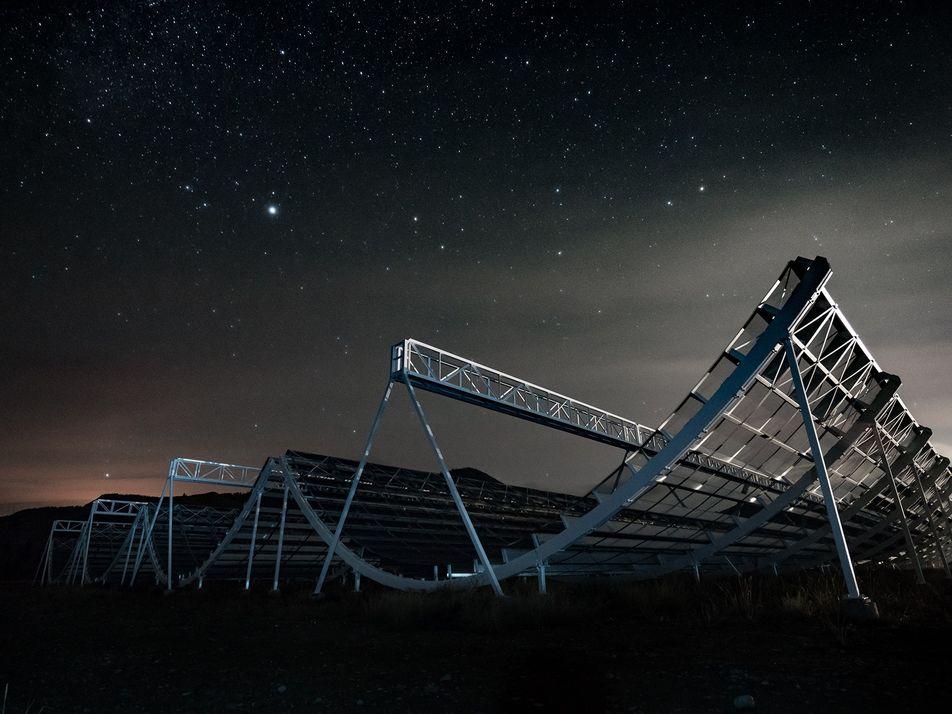 Detectan 13 ráfagas rápidas de radio procedentes del espacio exterior
