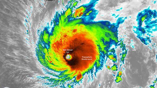 Hawái se prepara para la llegada del huracán Lane
