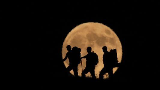 Nuestras fotos favoritas del eclipse lunar total más largo del siglo
