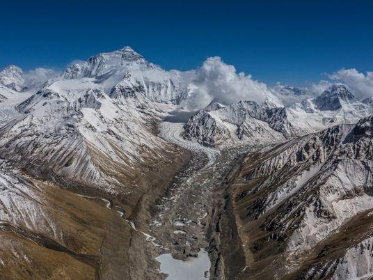 China y Nepal anuncian que el Everest es 86 centímetros más alto