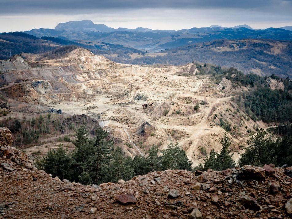 La feroz batalla contra la minería de oro para proteger una región arqueológica rumana