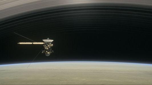Datos de Cassini desvelan que cae lluvia de los anillos de Saturno