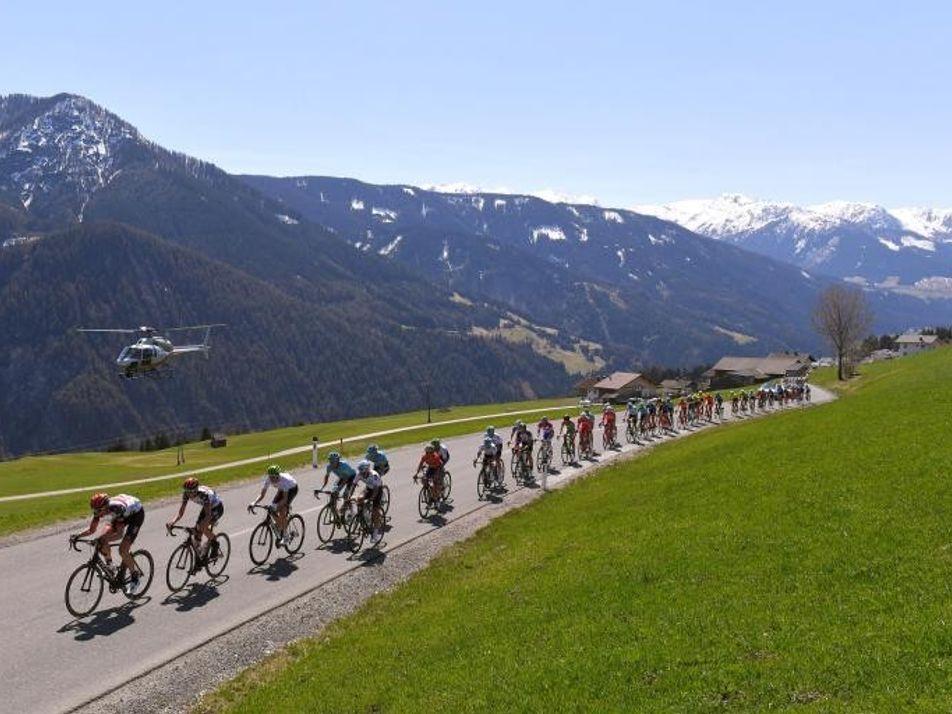 Los vídeos de esta competición ciclista registran 36 años de cambio climático