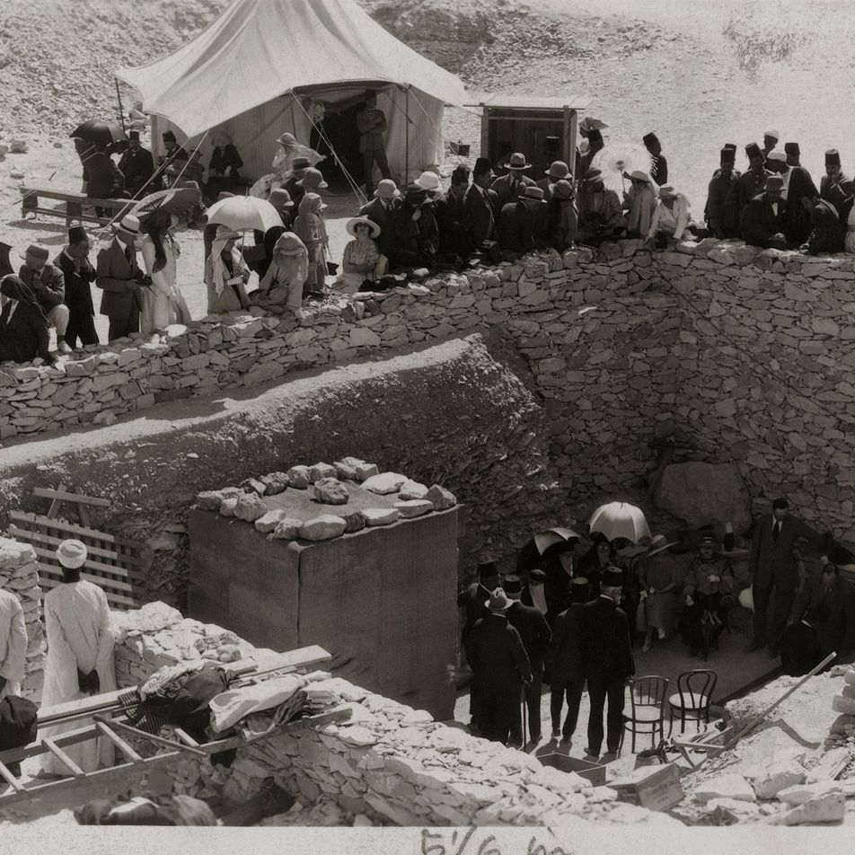 Fotografías de 1923 que documentan la apertura de la tumba de Tutankamón