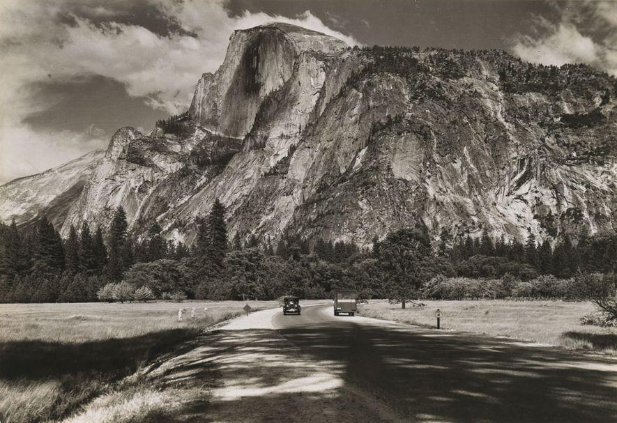 Half Dome, en 1931, ha sido durante años una formación emblemática de Yosemite, fundado como parque ...