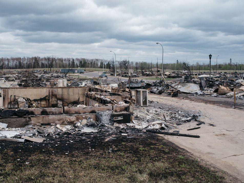 El rastro de destrucción de los incendios forestales en Canadá