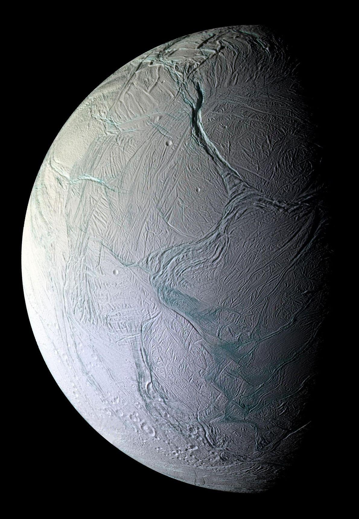 Encélado, por Cassini