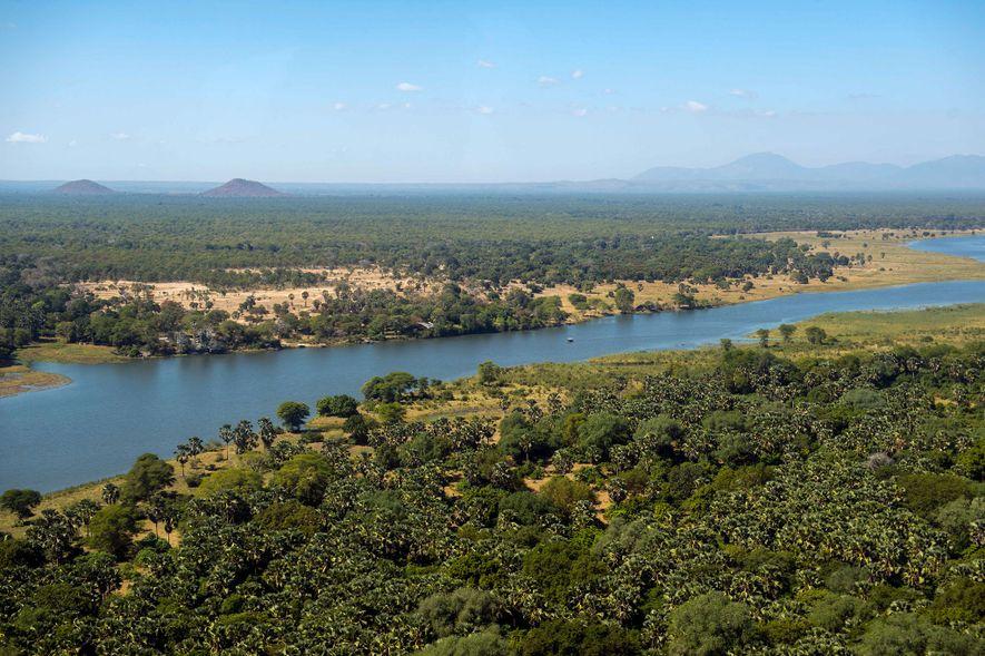 El parque nacional de Liwonde es uno de los destinos de safaris más populares de Malaui, ...