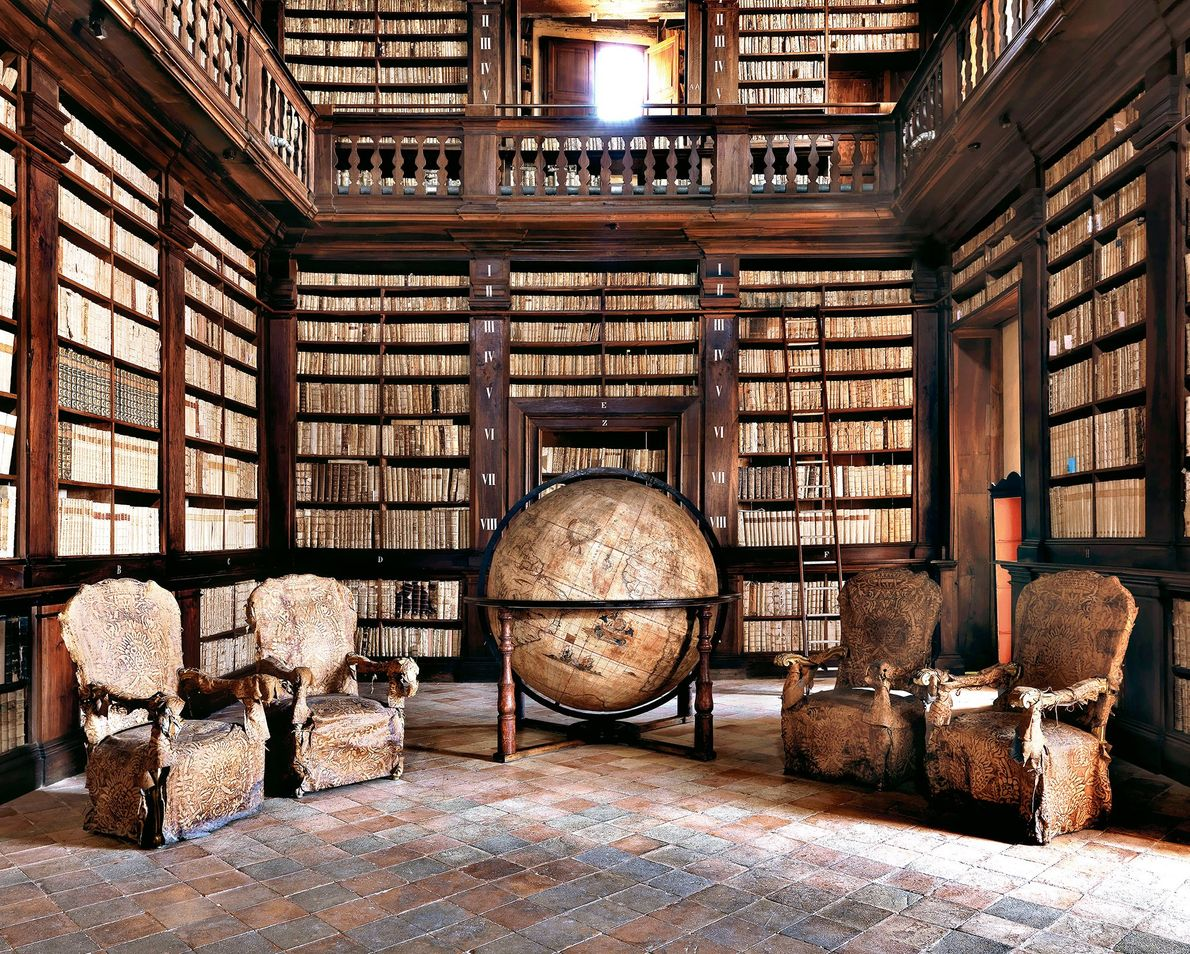 Biblioteca Civica, Fermo, Italia