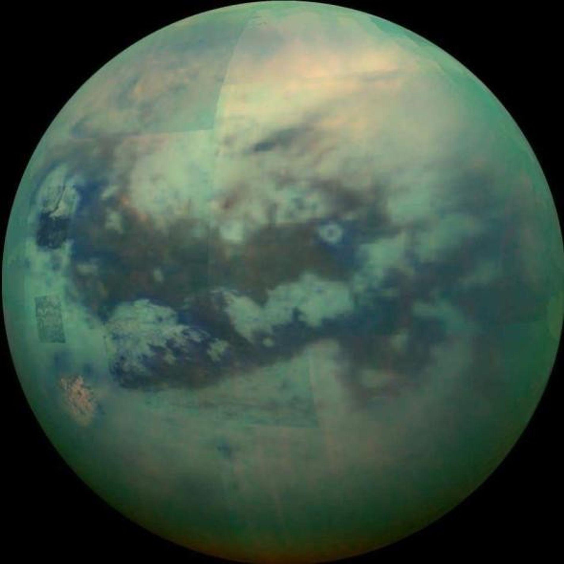 Imagen compuesta de Titán