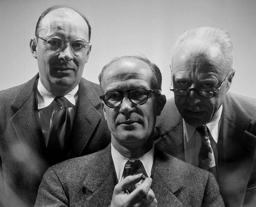 John Bardeen, William Shockley y Walter Brattain compartieron el Premio Nobel de Física en 1956 por ...