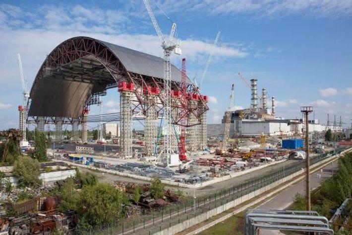 Construcción del sarcófago de Chernóbil
