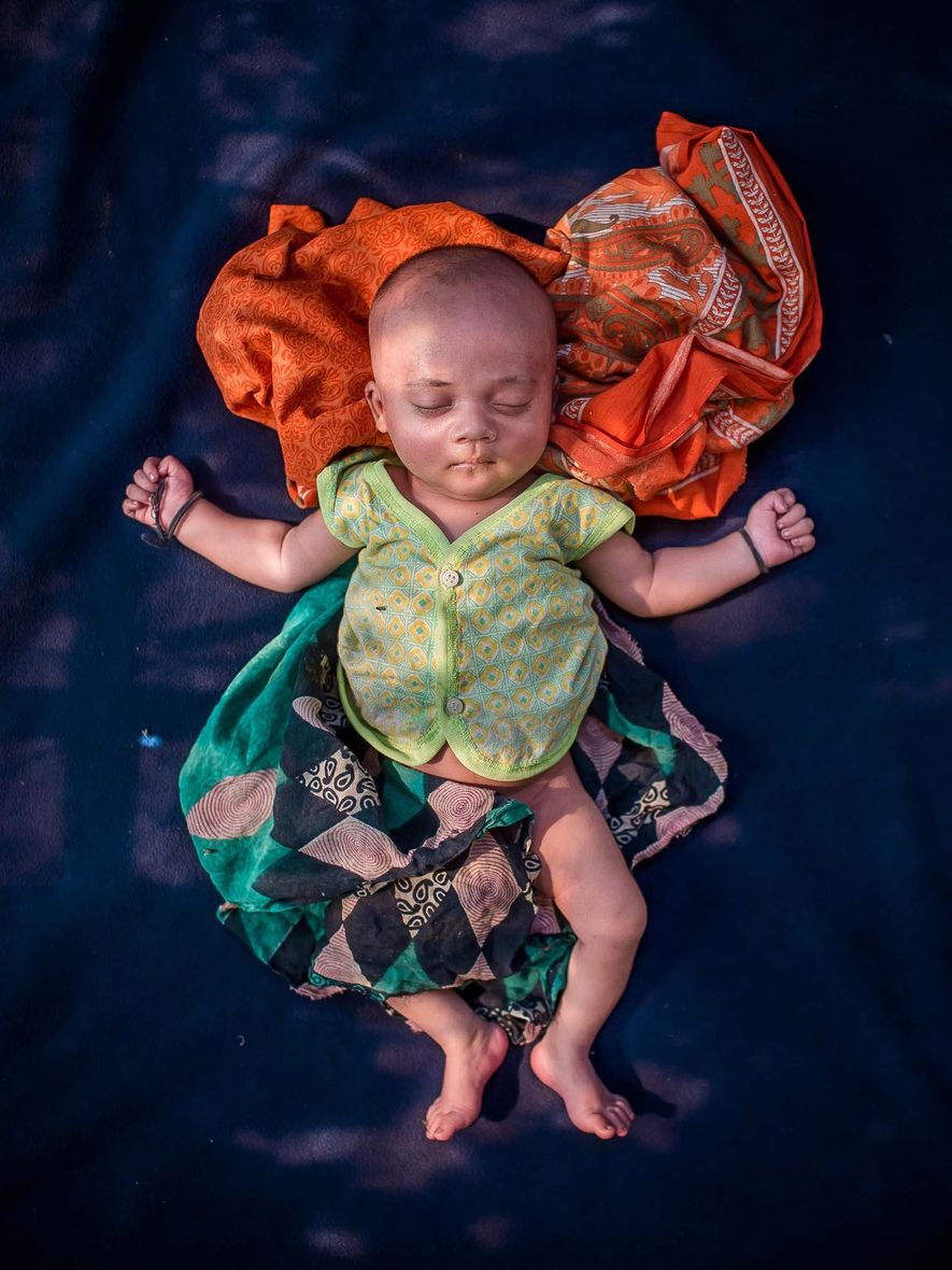 Un bebé de 18 días