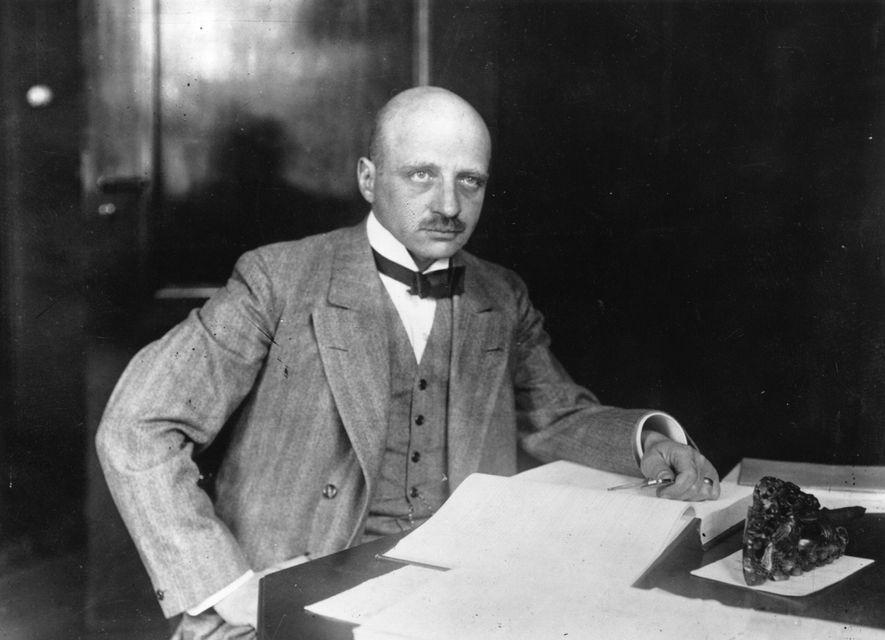 Fritz Haber, el ganador del Premio Nobel de Química de 1918, redujo el hambre en el ...