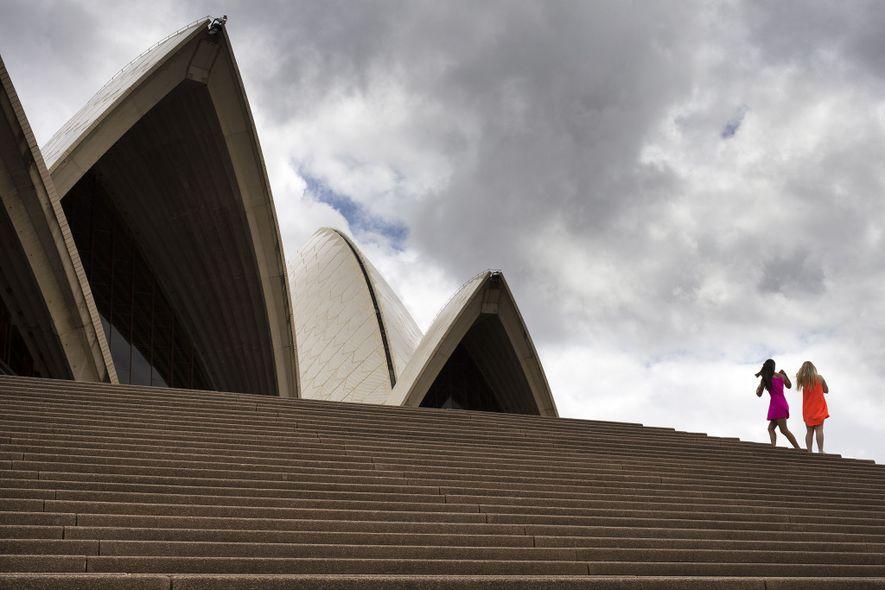 La Ópera de Sídney, símbolo de Australia, pretende no tener emisiones de carbono en su 50º aniversario en el 2023.