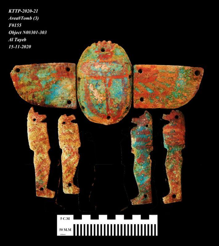 Imagen de amuletos hallados en la ciudad perdida