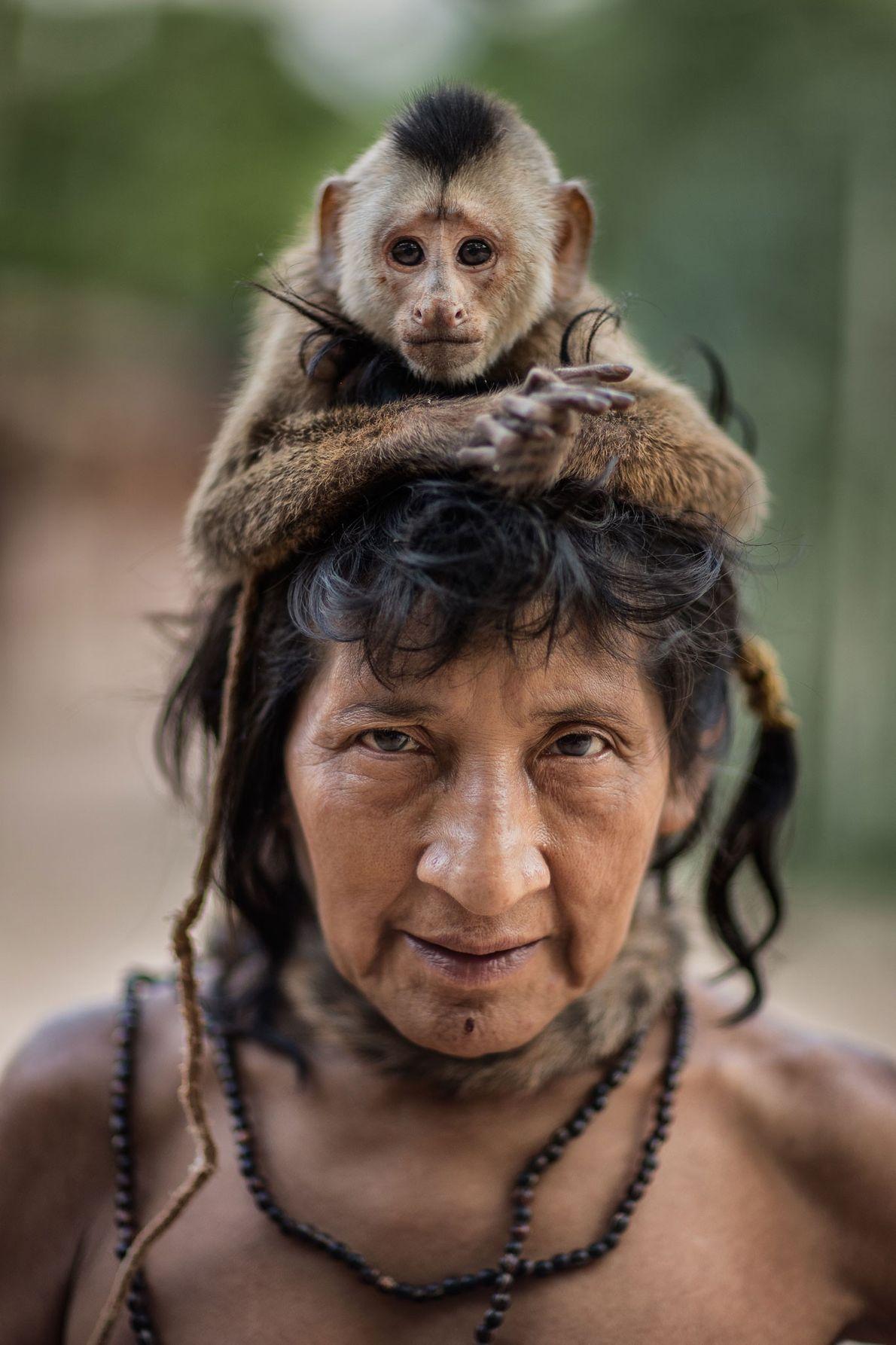 Ximirapi con su mono