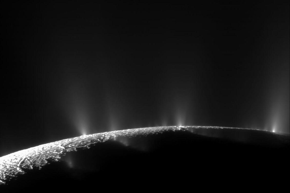 Géiseres en Encélado