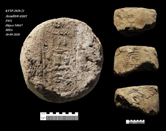 Jeroglíficos en los tapones de arcilla de las vasijas de vino