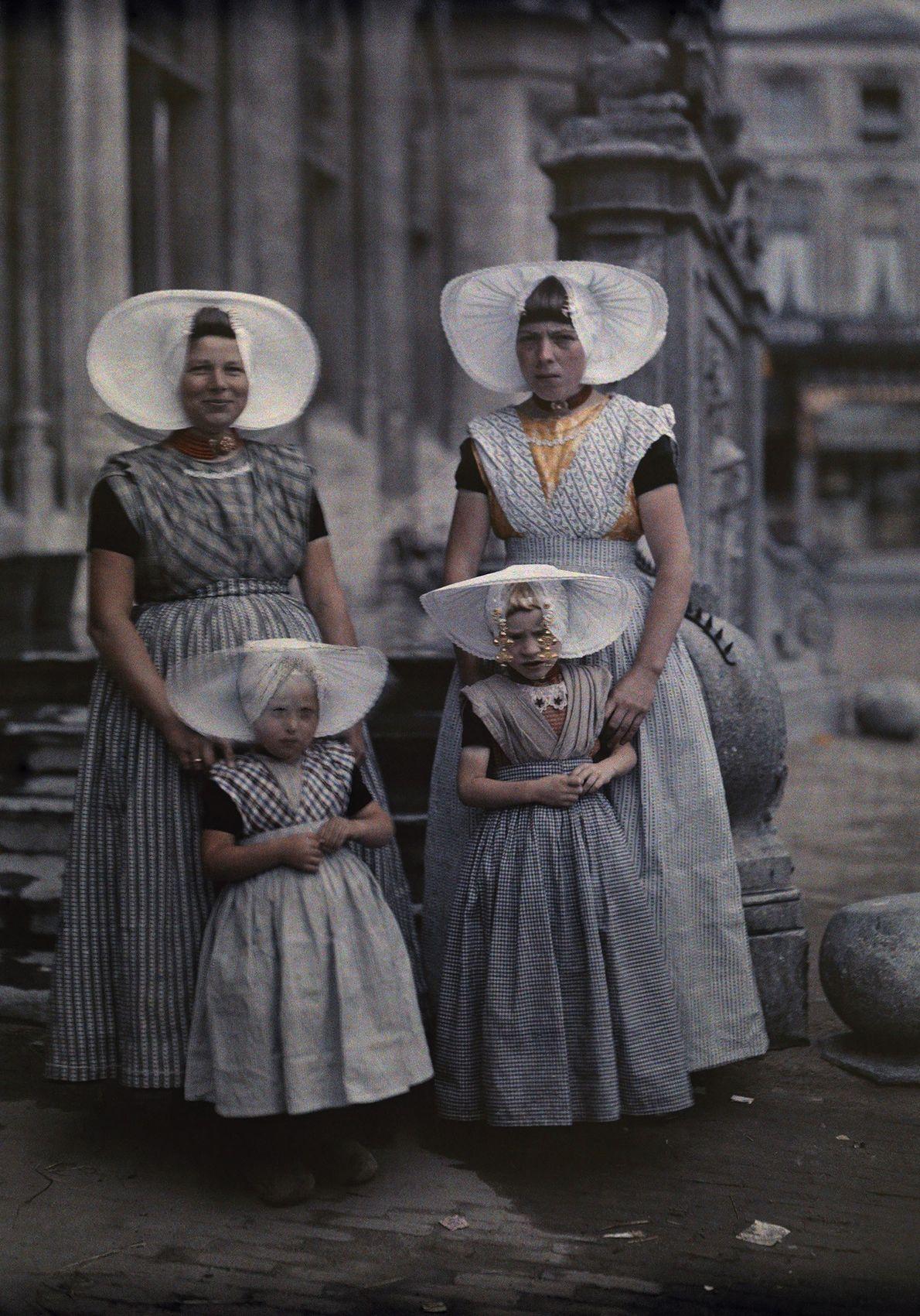 Curiosos sombreritos