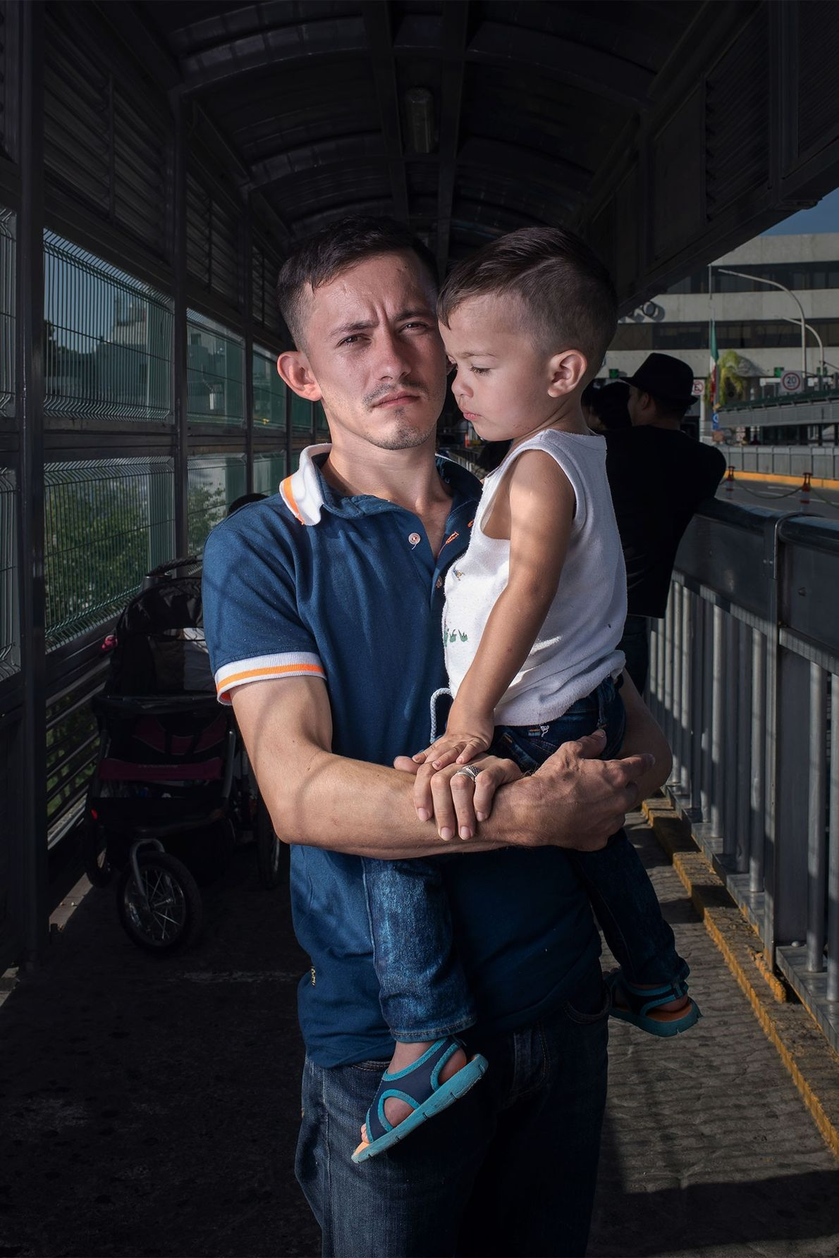 Alfredo Hernández con su hijo