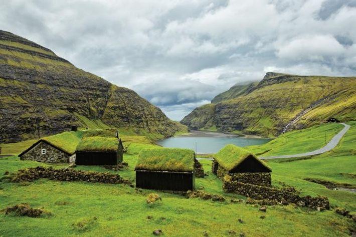 Aldea en las islas Feroe