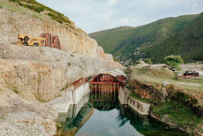 Un proyecto de presa paralizado en Kalivac