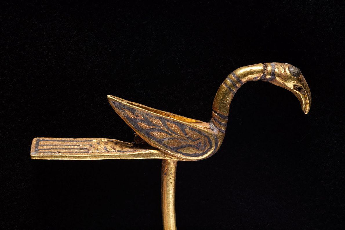 Imagen de un objeto con forma de pájaro