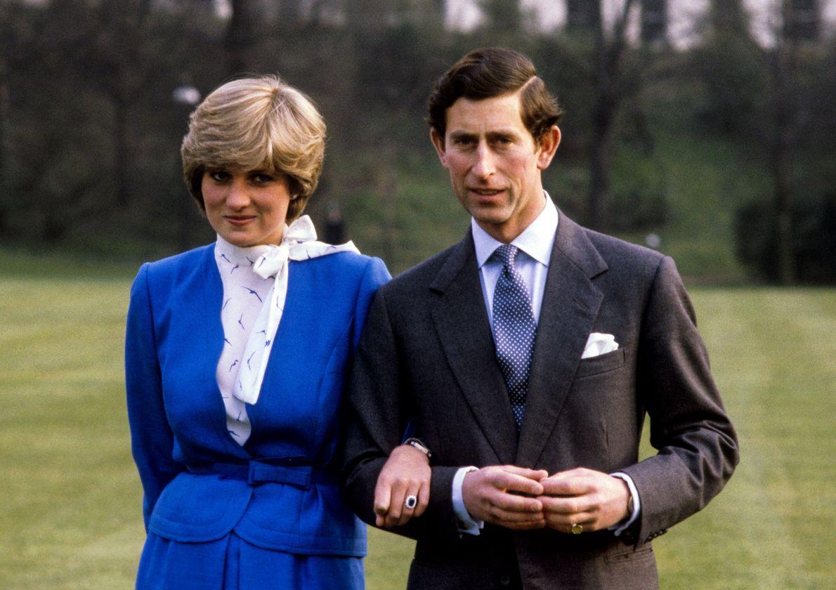 El príncipe Carlos y Lady Diana Spencer