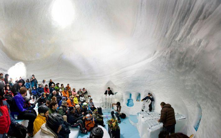 Sala de conciertos al estilo de un iglú