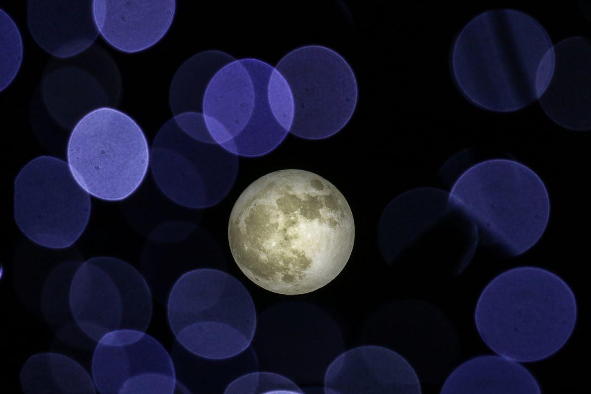 La superluna en Atenas