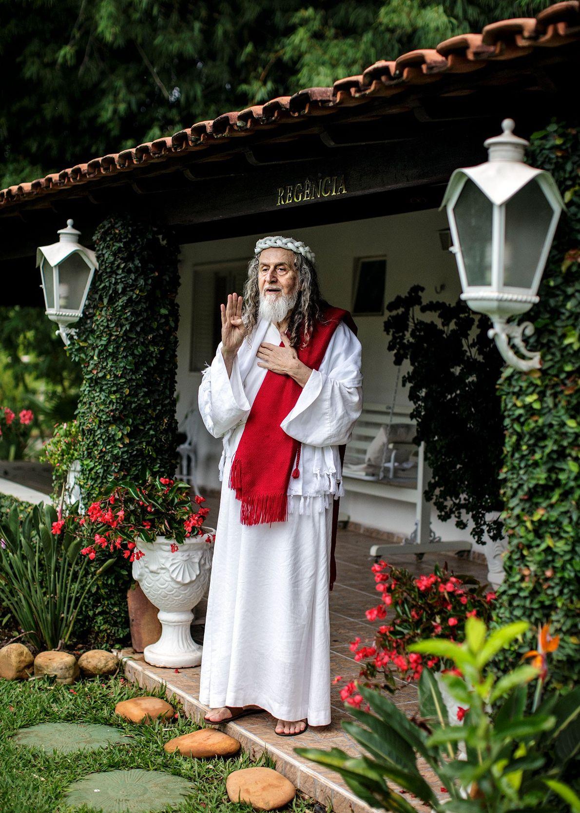 INRI Cristo en su bungalow