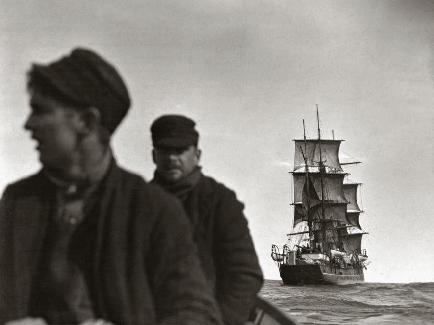 Los integrantes de la segunda expedición polar de Ziegler parten hacia el archipiélago de la tierra ...