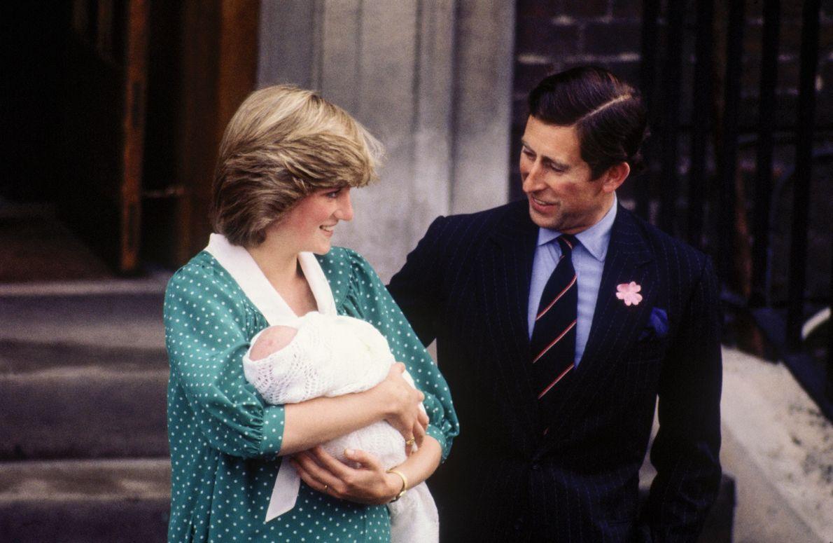 Carlos y Diana con su hijo